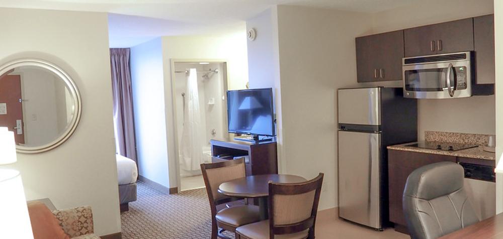 HIES Blacksburg guestroom