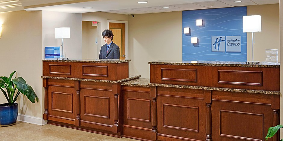 Holiday Inn Express Wilkes Barre Front Desk