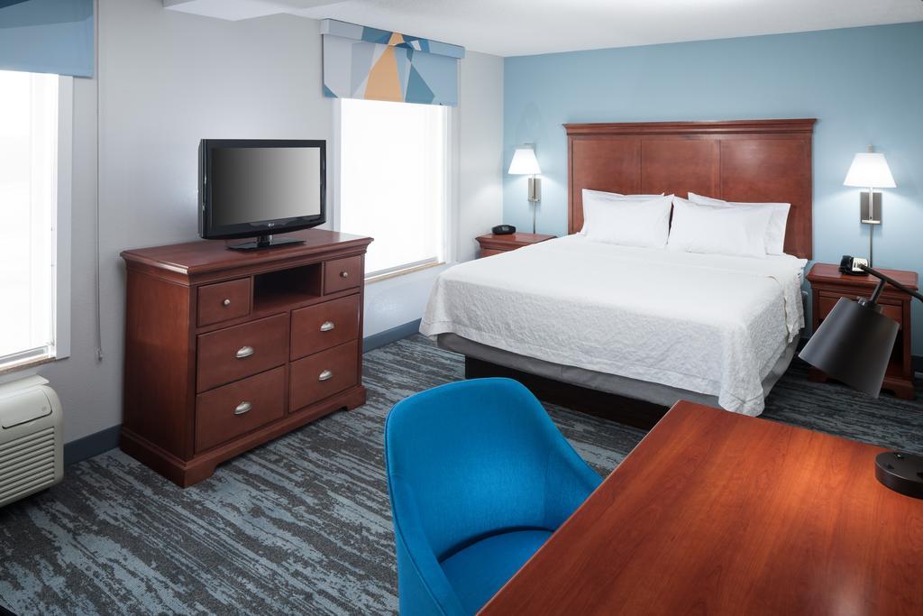 Hampton Jackson Guest Room