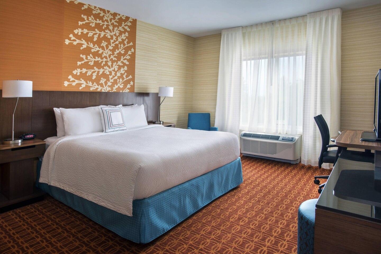 ilgnc guestroom 0006 hor clsc